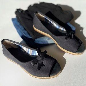 UGG 'Marleigh' Open Toe Flat Size 6